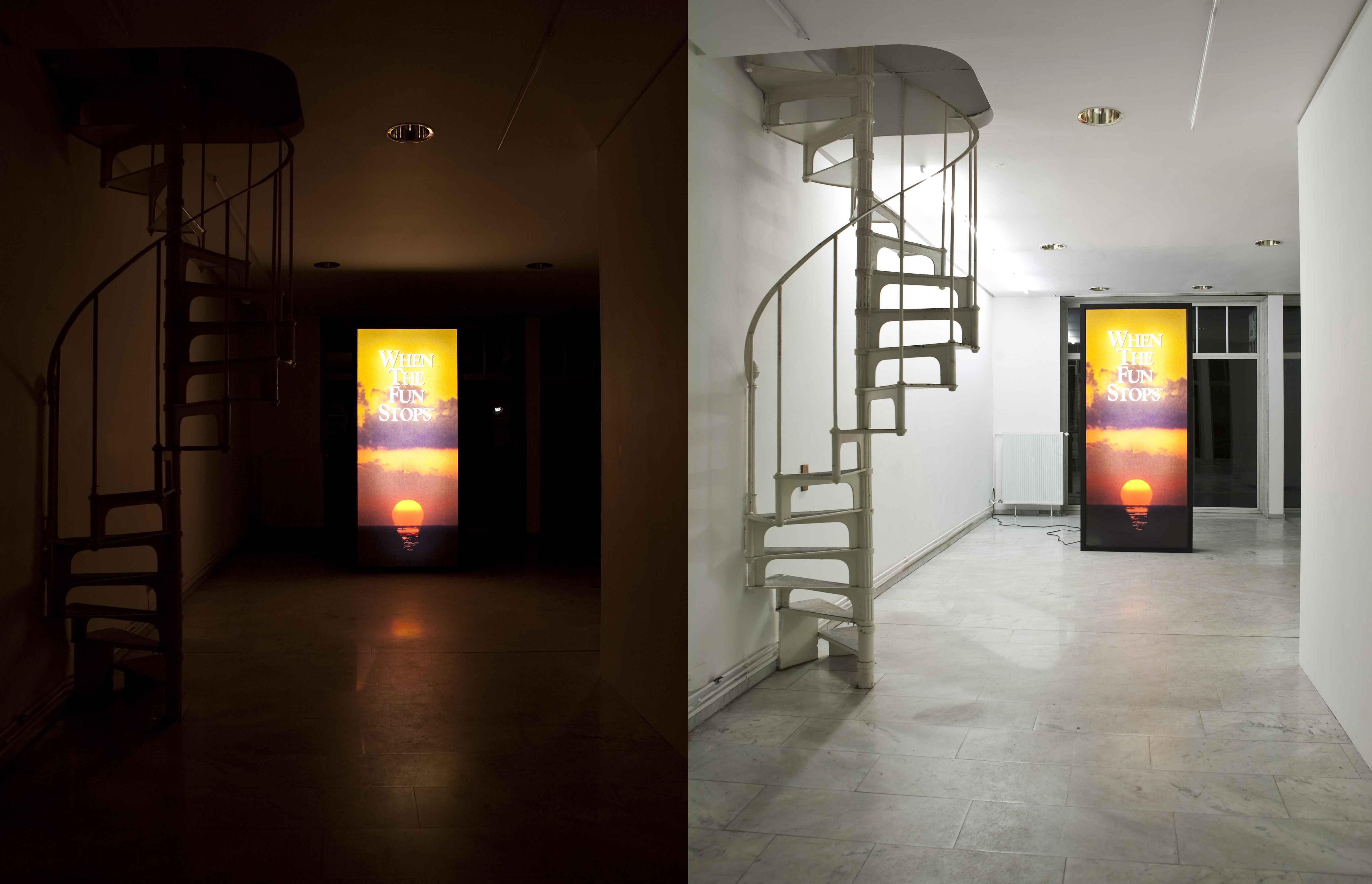 Cayetano Ferrer, Problem Gambling Monolith, 2008, MDF, duratranst, print on acrylic, fluorescent lights