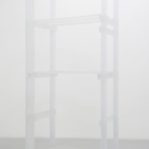Joseph Grigely and Amy Vogel, Storage Rack, 2012, crystal urethane, 214 x 60 x 92 cm, © photo Marc Domage, courtesy Air de Paris, Paris