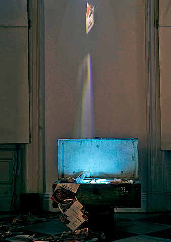 Lise Swenson, Hope Chest, 2004, one trunk, four monitor, one projection, one audio channel video sculpture, Installation view, SFCA. Image courtesy of www.liseswenson.com