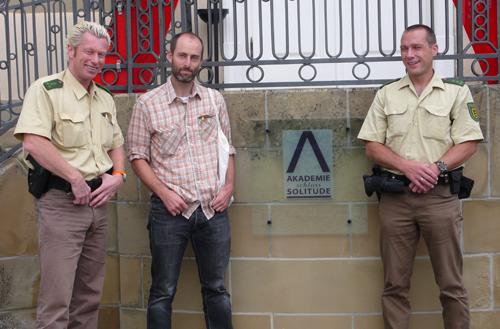 Josh Greene, from the series External Internal Presentation. Image courtesy of www.josh-greene.com